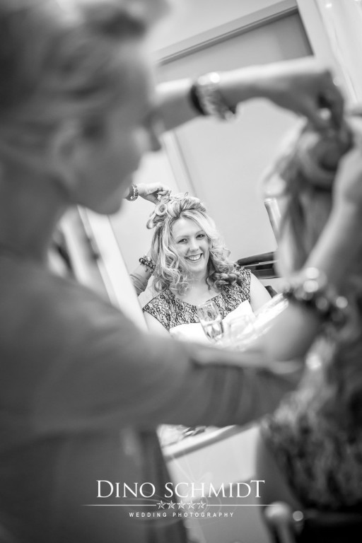 Getting Ready Dino Schmidt, Hochzeitsfotograf, Hochzeitsreportage, Wilhelmshaven, Wittmund, Jever, Westerholt, Oldenburg, Bremen, Hamburg, Esens, Norden, Aurich, Emden, Leer, Wiesmoor, Großefehn, Friedeburg, Remels, Borkum, Juist, Norderney, Osnabrück, No